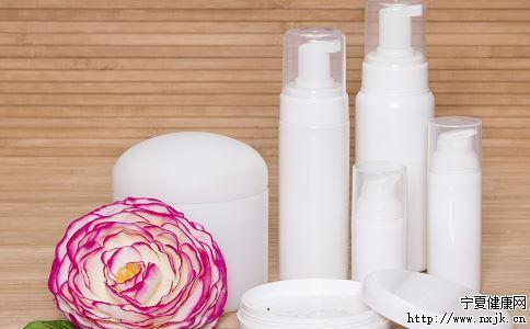 护肤品该如何使用 护肤品的正确使用方法