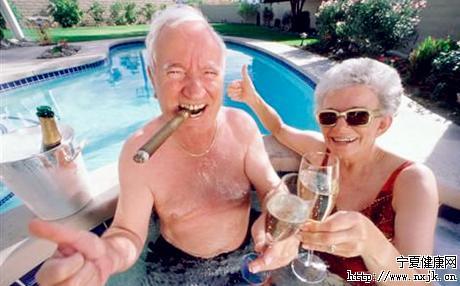 适度饮用葡萄酒,守护老年人健康