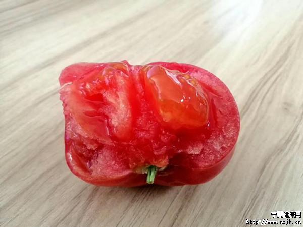 西红柿1_副本.jpg